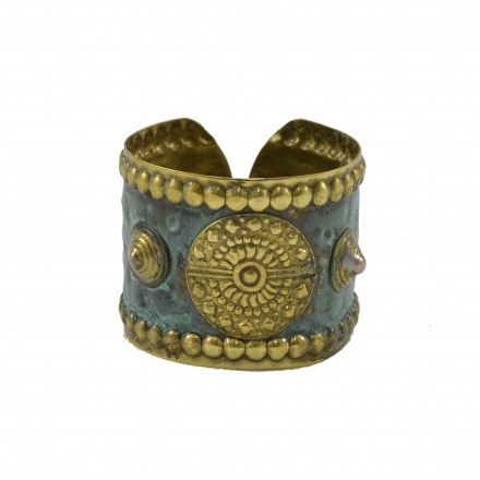 Brass bracelet hummery with greek rounds details